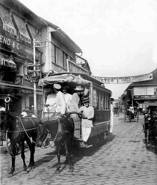 Escolta-with-streetcar-1910-lou gopal